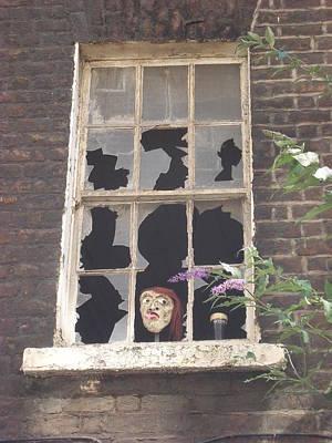 Guinness Window Watcher Original by Marlou Charlotte De Win