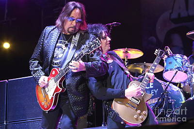 Ace Frehley Photograph - Guitarist Ace Frhley by Concert Photos