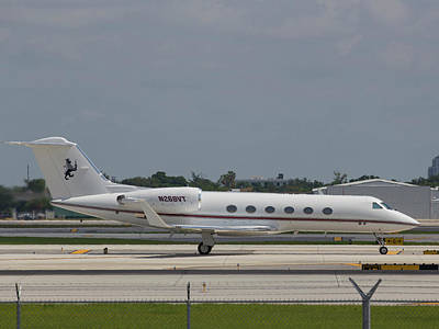 Photograph - Gulfstream Jet by Dart and Suze Humeston