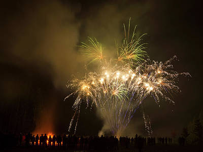 Photograph - Guy Fawkes Night 4 by Inge Riis McDonald