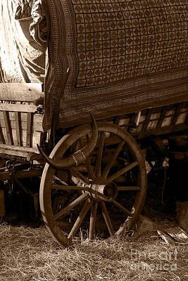 Gypsy Wagon Photograph - Gypsy Wagon by Jorgo Photography - Wall Art Gallery