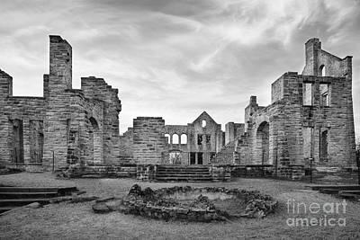 Photograph - Ha Ha Tonka Ruins by Dennis Hedberg