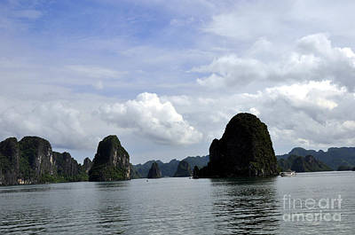 Photograph - Ha Long Bay 16 by Andrew Dinh