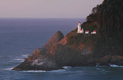 Photograph - Haceta Head Lighthouse At Sunset by Lawrence Pratt