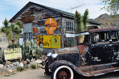Hackberry Route 66 Auto Art Print
