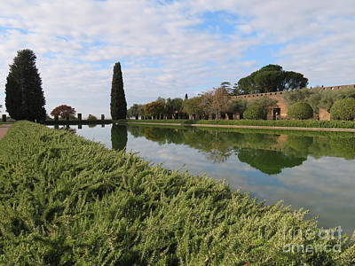 Photograph - Hadrian's Villa 3 by Laurie Morgan