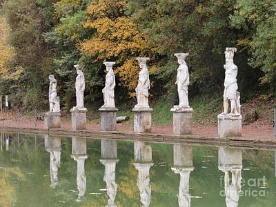 Photograph - Hadrian's Villa 4 by Laurie Morgan