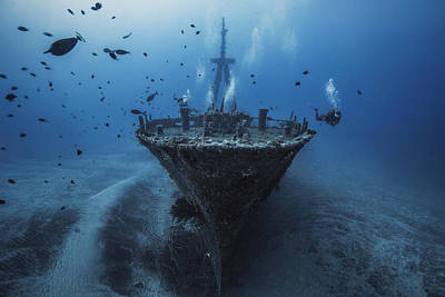 Underwater Photograph - Hai Siang Wreck by Barathieu Gabriel