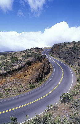 Haleakala Highway At A 10 Mph Turn Print by Rich Reid