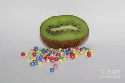 Half Kiwi Original by Elvira Ladocki