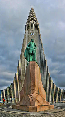 Photograph - Hallgrimskirkja Cathedral # 2  by Allen Beatty
