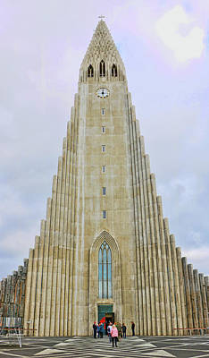 Photograph - Hallgrimskirkja Cathedral by Allen Beatty
