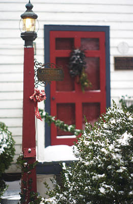 Photograph - Hallsborough Tavern Back Door Closeup Decorated For The Holidays Christmas by Suzanne Powers