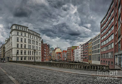 Photograph - Hamburg Into The Dark by JR Photography