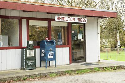 Photograph - Hamilton 98225 by Tom Cochran