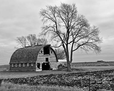 Photograph - Hamilton County Barn-bw by Kathy M Krause