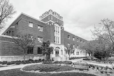 Photograph - Hamline University Drew Hall by University Icons