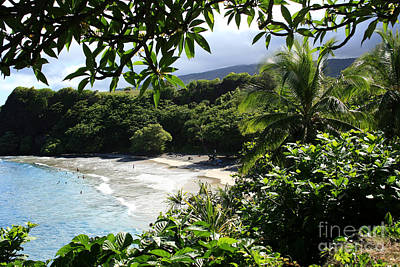 Ourjrny Photograph - Hamoa Beach Maui Hawaii by Sharon Mau