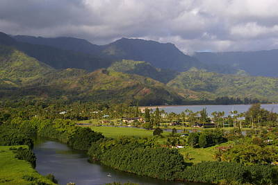 Photograph - Hanalei Bay Morning by Robert Lozen