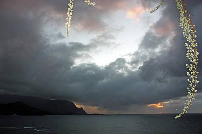 Hanalei Bay Sunset Print by Kathy Yates