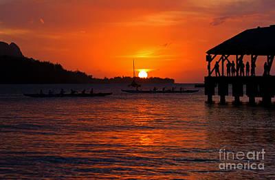 Hanalei Sunset Original by Mike  Dawson