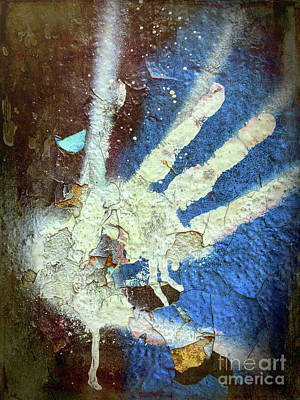 Photograph - Hand Of Fate by Todd Breitling
