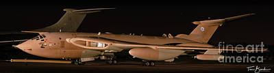 Photograph - Handley Page Victor K2 by Tim Beach