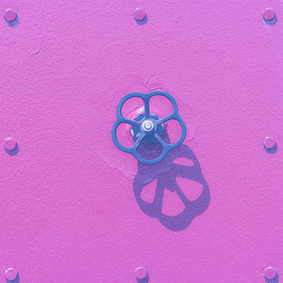 Photograph - Handwheel - Pink by Ari Salmela