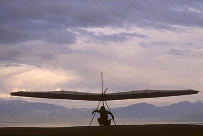 Hang Glider And Pilot Wait To Launch Print by Skip Brown
