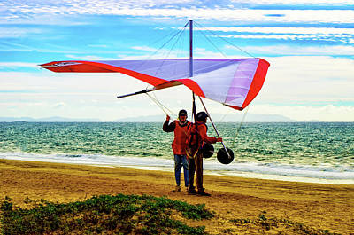 Photograph - Hang Gliding Instructions by Joseph Hollingsworth