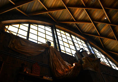 Photograph - Hangar Bar Architecture by David Lee Thompson