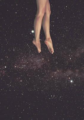 Trippy Digital Art - Hanging In Space by Fran Rodriguez