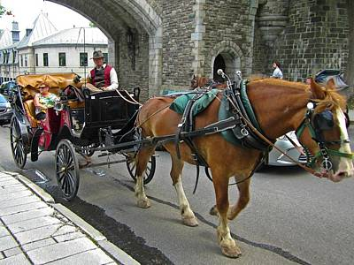 Giuseppe Cristiano - Hansom Cab in Old Town by John Malone