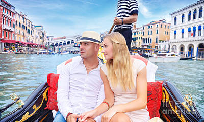 Photograph - Happy Couple Traveling To Italy by Anna Om