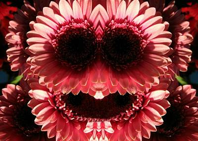 Digital Art - Happy Daisies Are Here Again by Max DeBeeson