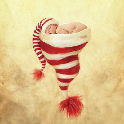 Happy Holidays Art Print by Anne Geddes