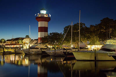 Linda King Photograph - Harbour Town Lighthouse 4114 by Linda King