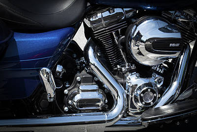 Photograph - Harley Twin-cam 103 by David Patterson
