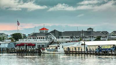 Photograph - Harris Crab House by Walt Baker