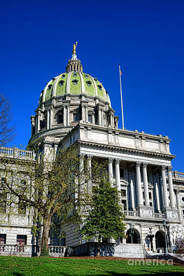 Capitol Building Wall Art - Photograph - Harrisburg Capitol Building by Olivier Le Queinec