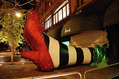 Photograph - Harrod's Theme - An Oz Christmas by Harvey Barrison