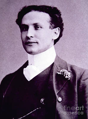 Harry Houdini  Hungarian American Magician, Escapologist And Stunt Performer Art Print
