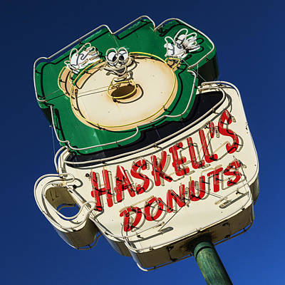 Photograph - Haskell's Donuts Sign #1 by Stephen Stookey
