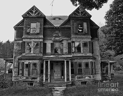 Photograph - Haunted House by Alana Ranney