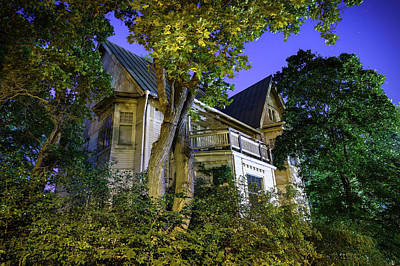 Photograph - Haunted House by Teemu Tretjakov