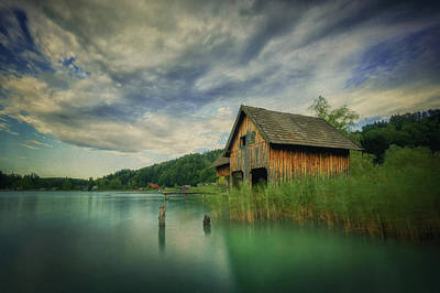Lake House Photograph - Haus Am See by Martin Podt