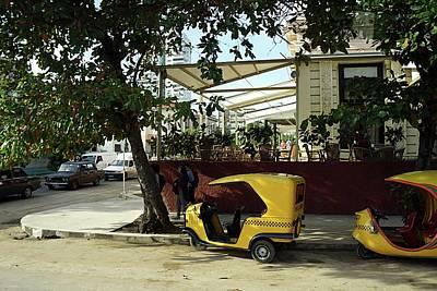 Photograph - Havana-13 by Rezzan Erguvan-Onal