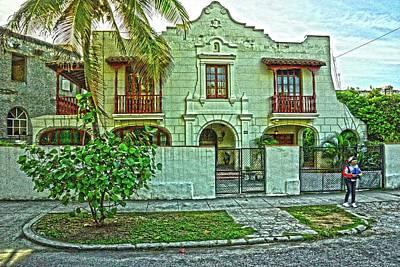 Photograph - Havana-30 by Rezzan Erguvan-Onal