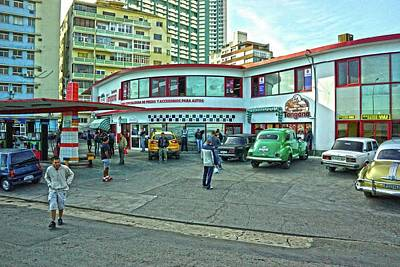 Photograph - Havana-38 by Rezzan Erguvan-Onal