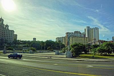 Photograph - Havana-43 by Rezzan Erguvan-Onal